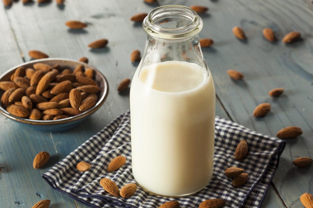 オーツミルク|アーモンドミルク|違い|豆乳|